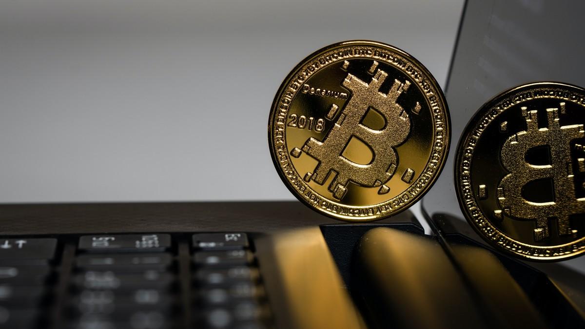 Bitcoin, jako největší a nejznámější zástupce kryptoměny.
